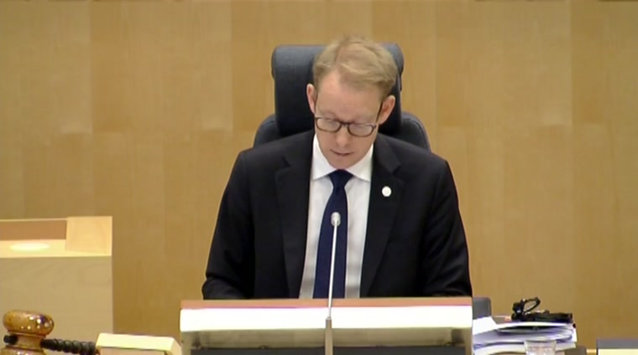 Repliken ministrarna bromsar insats for ostersjon